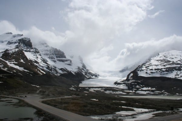 athabasca glacier, rocky mountains glacier, columbia icefields, columbia icefields athabasca, banff with toddlers, banff with kids