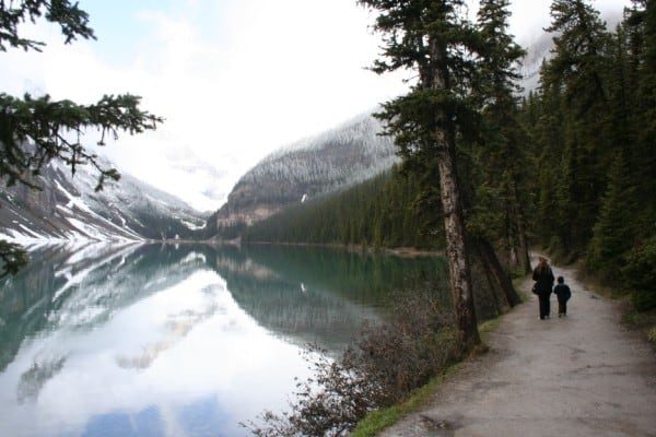 lake louise, lake louise walk, lake louise with baby, lake louise with kids