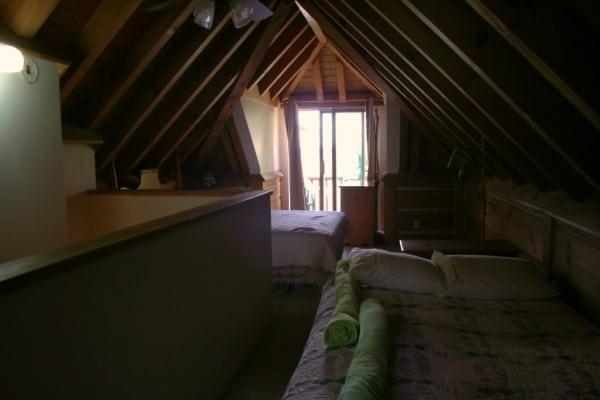 Irwin Inn Upstairs Loft Cedarwood Cottage