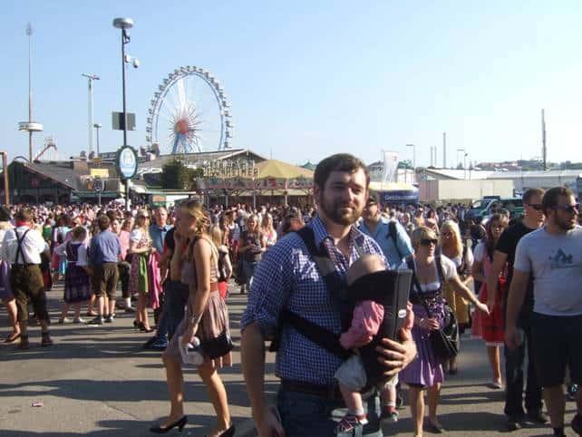 oktoberfest mit baby, oktoberfest with baby, germany, germany with baby, europe with baby