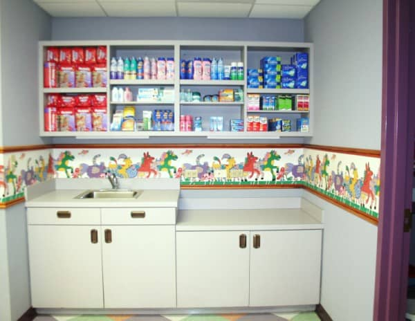 Animal Kingdom Baby Care Center Supplies (600 x 464)