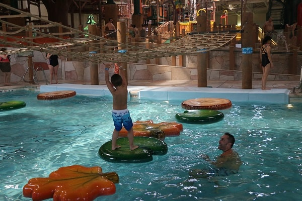 Great Wolf Lodge, Great Wolf Lodge Niagara Falls, Great Wolf Lodge Reviews